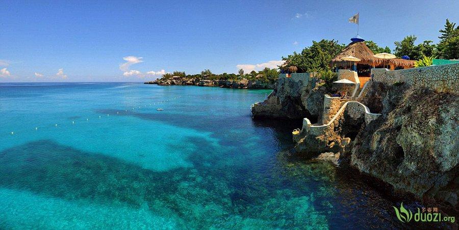风景别致迷人的牙买加洞穴别墅